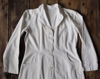 """Vintage 1950s 50s french womens white cotton button up overall dress uniform nurse medical lab coat 38"""" chest"""