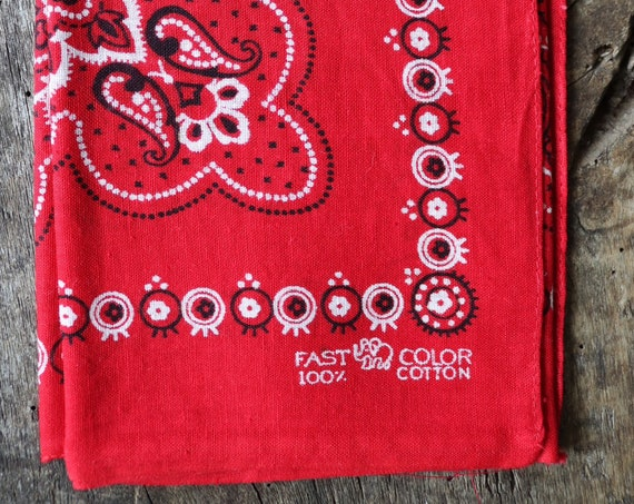 Vintage 1950s 50s trunk up Elephant brand cotton colourfast colorfast turkey red bandana pocket square neckerchief floral rockabilly