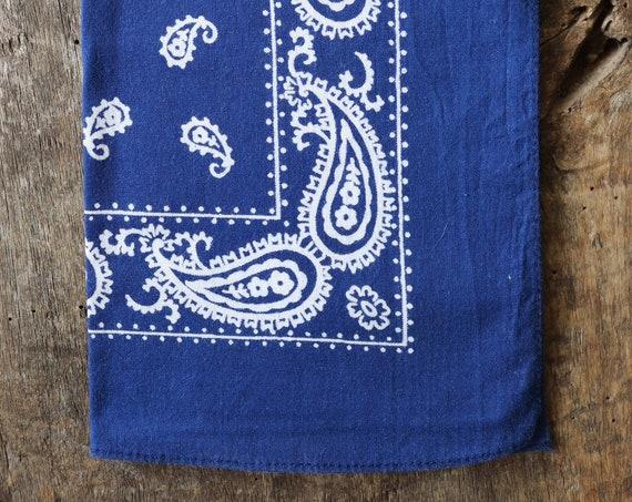 Vintage 1990s 90s cotton colourfast colorfast faded indigo blue bandana pocket square neckerchief paisley rockabilly western