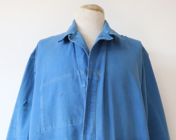 "Vintage 1970s 70s french blue bleu de travail cotton twill work chore factory jacket workwear 52"" chest xl"