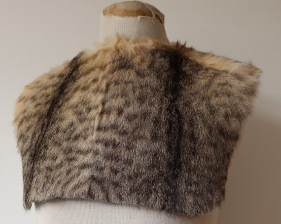 Vintage antique 1920s 20s 1930s 30s french alpine lynx real fur shepherd's farmer bib collar workwear chest warmer work chore
