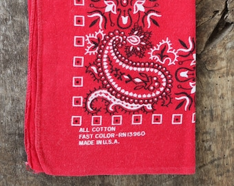 Vintage 1990s 90s faded turkey red paisley printed cotton bandana pocket square western cowboy rockabilly RN13960 made in USA