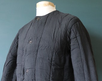 """Vintage 1960s 60s black Czech army tank liner quilted padded jacket military 44"""" chest work workwear chore"""
