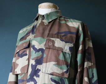 """Vintage 1990s 90s US army rip stop cotton camo shirt 43"""" chest USA US military"""