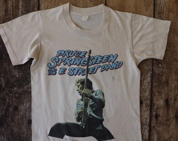 "Vintage 1980s 80s cream original Bruce Springsteen The Boss 1981 tour t shirt Philadelphia 32"" chest small rock blues"