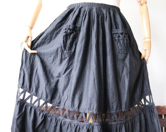 Vintage 1940s 40s french black cotton lattice work apron pinny workwear kitchen chore housekeeping