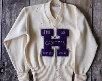 "Vintage 1950s 50s Dehen off white wool v neck varsity sweater jumper H chenille patch cadettes repair trashed destroyed thrashed 35"" chest"