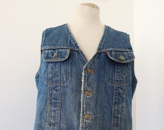 "Vintage Lee Stormrider indigo blue shearling lined denim vest cut off jacket 44"" chest workwear western cowboy made in USA biker"
