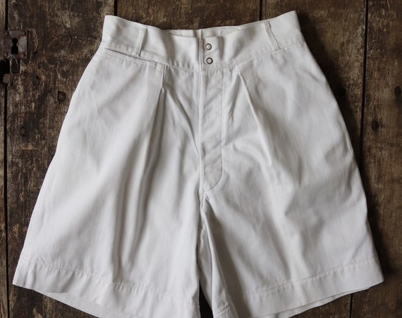 "Vintage 1940s 40s white cotton twill army military gym shorts DOT poppers rockabilly high waist button fly 26"" waist xs extra small"