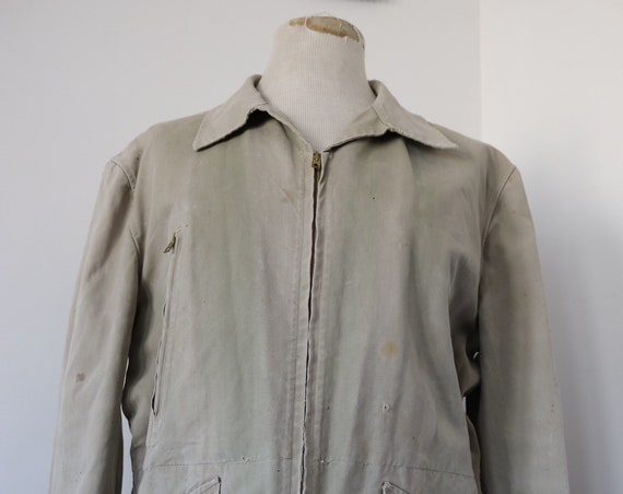 "Vintage 1950s french sun faded sage green cream cotton canvas hunting work jacket workwear 50"" chest chore"