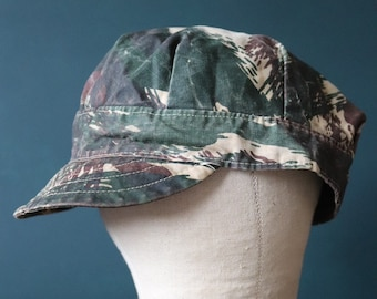 Vintage 1950s 50s 1960s 60s french lizard camo camouflage lightweight peaked cap hat commando de chasse Africa Algerian War military