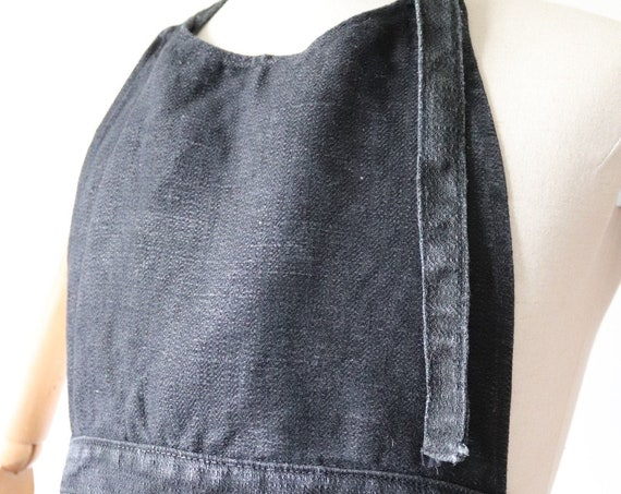 Vintage 1940s 40s french black heavyweight rough linen apron pinny workwear work chore BBQ kitchen leather strap buckle