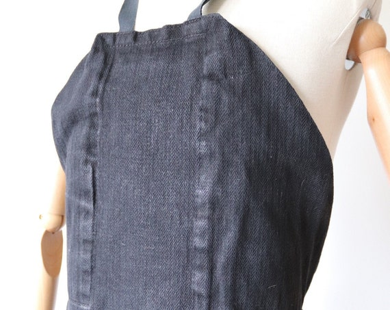 Vintage 1940s 40s french black heavyweight rough HBT herringbone linen apron pinny workwear work chore BBQ kitchen