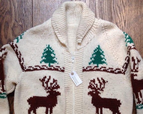 "Vintage cream green wool handknitted cowichan sweater cardigan stag deer fir tree winter hunting zip up 48"" chest"