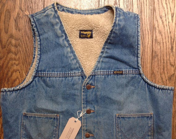 "Vintage 1980s 80s Wrangler denim vest waistcoat faux sheepskin shearling lined sherpa biker motorcycle cut off 46"" chest"