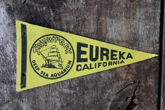 Vintage 1980s 80s yellow black felt pennant flag tourist souvenir American Americana Eureka California wall decor