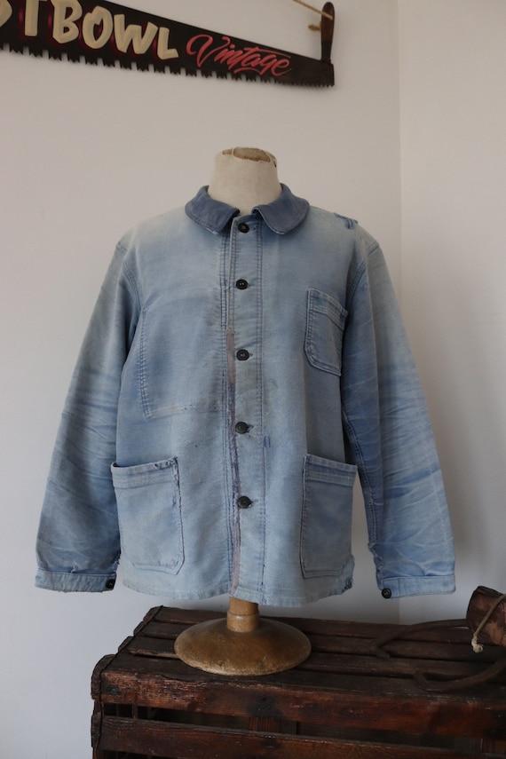 "Vintage 1950s 50s french blue bleu de travail moleskin jacket work chore sun faded darned workwear 48"" chest honeycomb fade"
