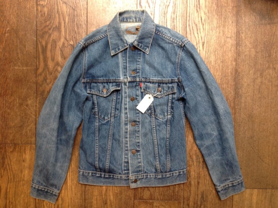 "Vintage Levis blue denim type three trucker denim jacket small e red tab 37"" chest workwear unisex mens womens"