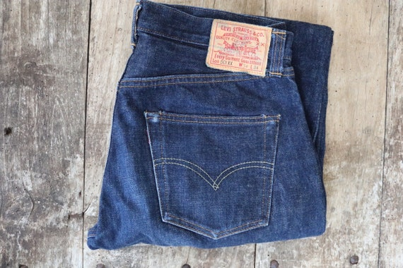 "Vintage Levis Levis Strauss LVC 501 501XX indigo blue denim jeans selvedge big e made in USA 32"" x 32"" redline selvedge button fly 555"