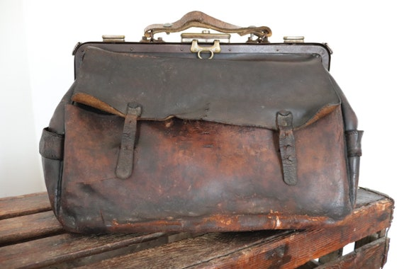 Vintage 1920s 20s french large thick brown leather Gladstone bag handbag briefcase project repair studded