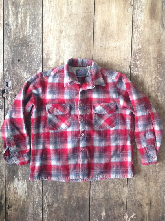 "Vintage 1970s 70s red blue frey Pendleton shadow plaid wool button down collar board shirt 40"" chest xs flap pocket loop collar"