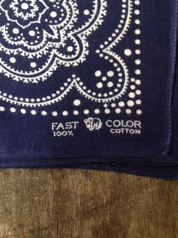 "Vintage 1940s 40s indigo blue Elephant brand trunk down bandana color fast pocket square neckerchief westren rockabilly 22"" x 21"""