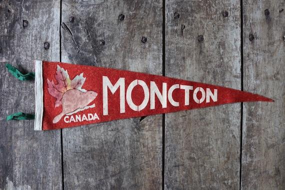 Vintage 1960s 60s red felt pennant flag tourist souvenir Canada Canadian Moncton beaver shop retail display wall decor