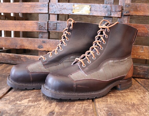 Vintage deadstock brown leather green fabric 1940s Swedish army mountain military lace up boots walking 46 47 rugged