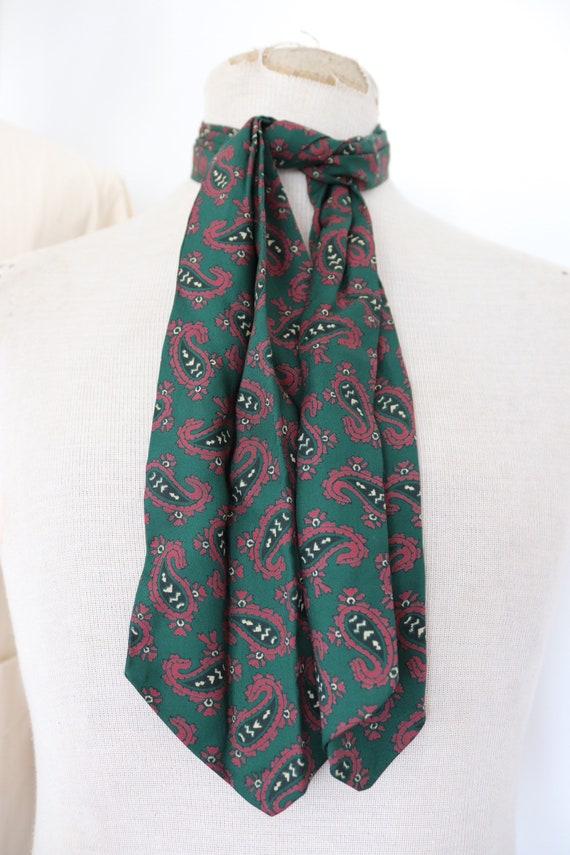 "Vintage 1960s 60s mens cravat necktie tie mod dapper dandy paisley Tootal green burgundy 5"" x 44"""