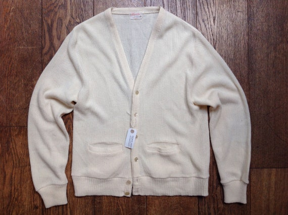 """Vintage 1960s 60s Marvin white orlon cardigan sweater button up mod northern soul Ivy League style 42"""" chest"""