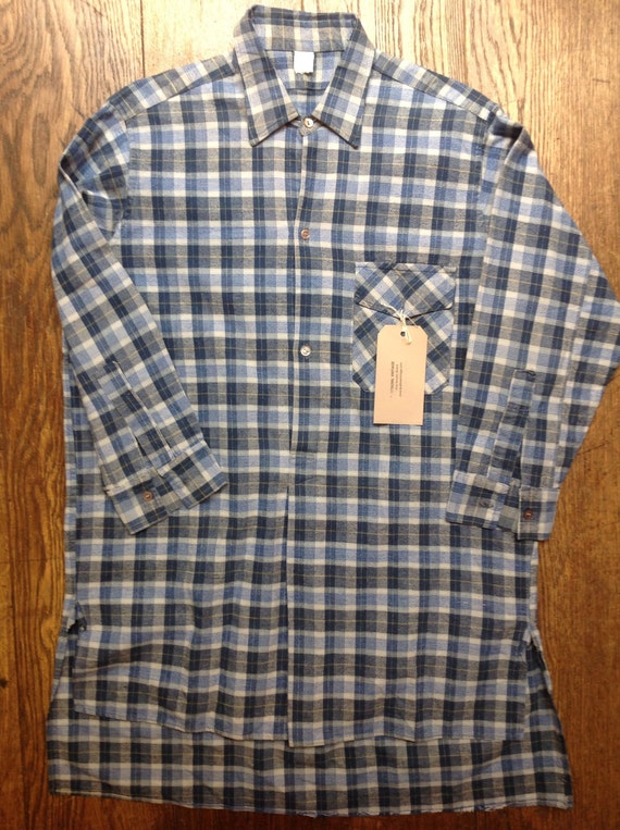 "Vintage 1970s pop over work chore shirt blue plaid checked flannel 46"" chest 16"" collar"