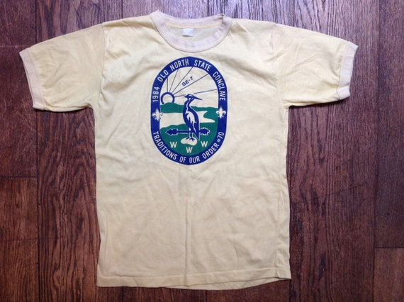 """Vintage 1980s 80s pale yellow tshirt t shirt 35"""" chest Old North State Conclave scouts print unisex mens womens"""