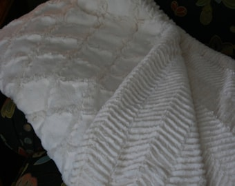 Beautiful Ivory Minky Blanket With Chevron And Lattice Patterns