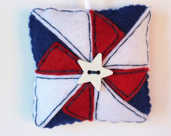 Patriotic Ornament, Pinwheel Quilt Ornament, 4th of July, Red White & Blue, Keepsake Ornament, Tree Decoration, Felt Ornament