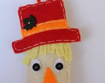 Scarecrow Ornament, Felt Scarecrow Ornament, Embroidery Ornament, Fall Autumn Decoration, Chrsitmas Ornament, Thanksgiving Ornament