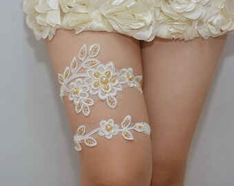 white bridal garter, white lace garter, wedding garter set,toss garter,vintage garter,something yellow garter, beaded garter