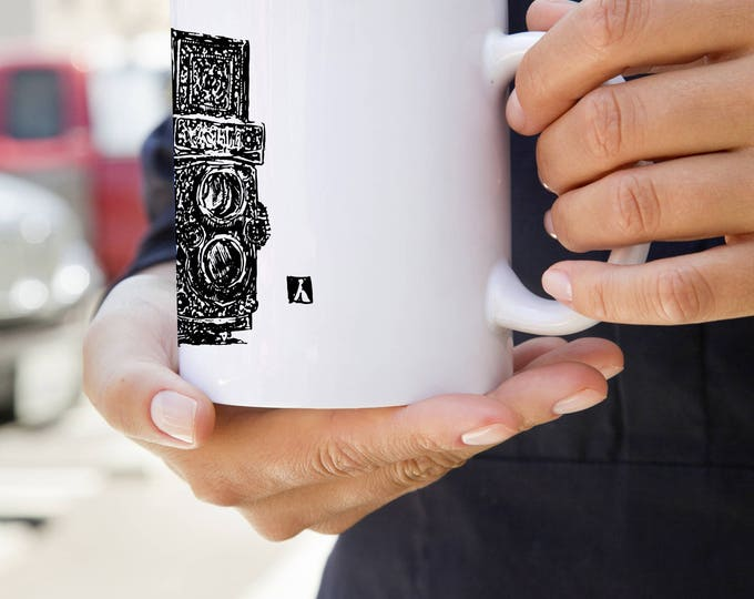 KillerBeeMoto:   Coffee Mug With Vintage Hand Drawn Camera Design