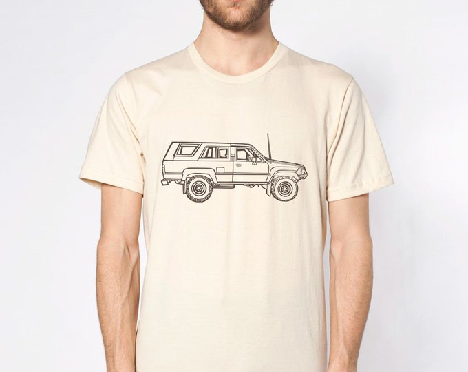 KillerBeeMoto: Vintage Japanese Surfing Off Road Vehicle Truck Cartoon Short & Long Sleeve Shirt