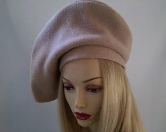 Beautiful camel tan vintage inspired beret hat