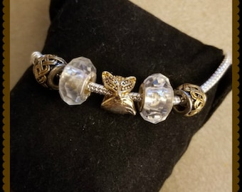 Pandora STYLE bracelet with fox main bead