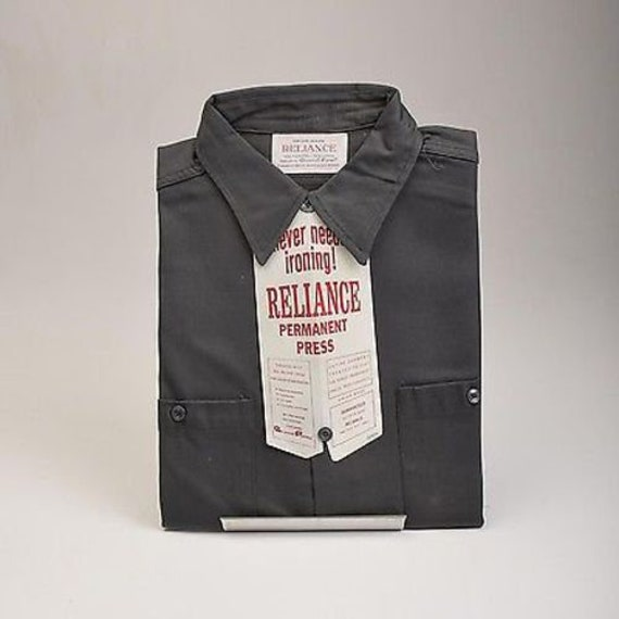 Late 60s Groovy Vintage Permanent Press Brand Shirt in Medium