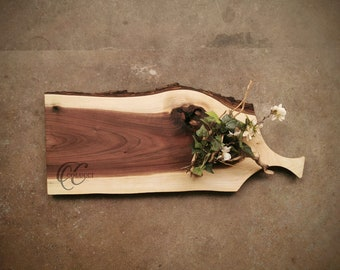 Live Edge Personalized Handled Cutting Board - One of a Kind Walnut Cheese Board - #Q3D0421
