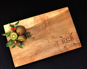 Maple Cutting Board w/Arrow Design
