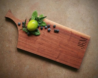 Personalized Cheese Board - Walnut Cutting Board with Handle - NØGEN Collection by OSOhome - Ecofriendly Wedding Gift