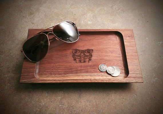 Personalized Wood Valet Tray Frog, Bulldog, Cat, Giraffe, Owl, Lemur, Lion, Pug or Tiger Design