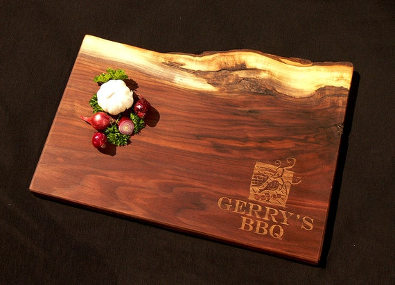 Personalized Cutting Board 11x17 Live Edge Black Walnut w/Feet - Father's Day Cutting Board - BBQ Dad Cutting Board