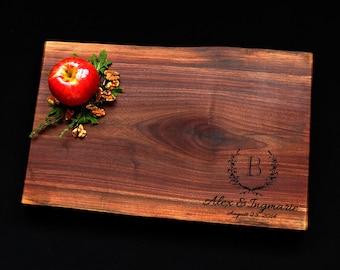 Personalized Cutting Board - Live Edge Cutting Board - Walnut Cutting Board w/Feet 11x17 - Made In Canada - Solid Wood Cutting Board