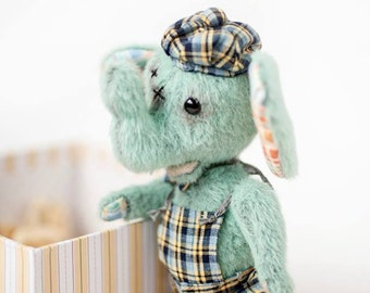 "Artist Teddy Bear pattern for dressed Elephant - ePattern Instant Download PDF Pattern - Elephant Hugo 5.3"" (13,5 cm) - dressed bear"