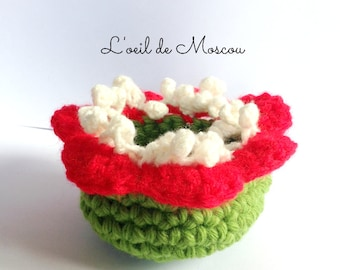 "Small basket ""carnivorous plant"" 6 / 12cm, crocheted by hand, red, green, white tones"