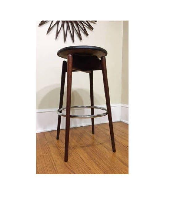Peachy Mid Century Modern Walnut Swivel Black Retro Bar Stool Purevintagenyc Ocoug Best Dining Table And Chair Ideas Images Ocougorg